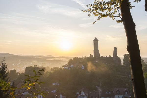 Blick auf Kirkel und die Kirkeler Burg