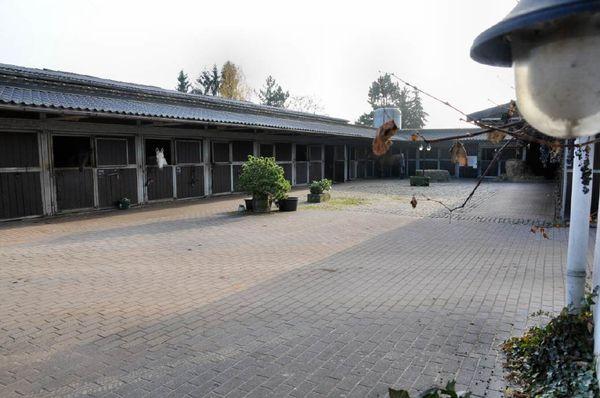 Reitanlage Innenhof