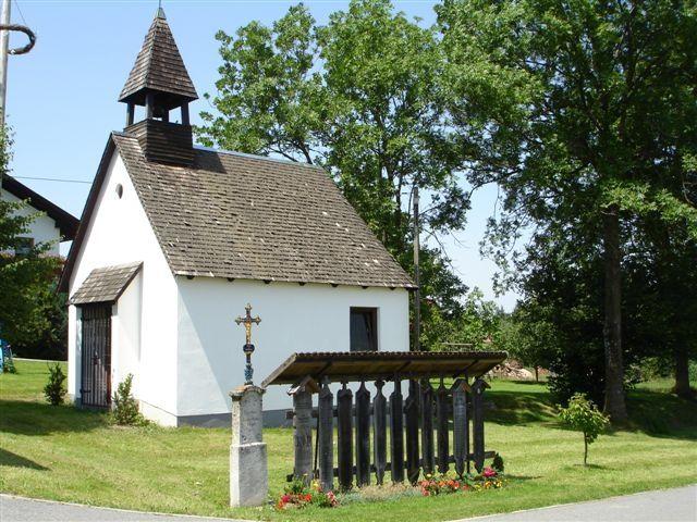 Blick auf die Kapelle in Münchshöfen in der Gemeinde Kollnburg im ArberLand Bayerischer Wald