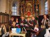 Die Stammtischsänger beim Adventssingen in der Pfarrkirche Kollnburg
