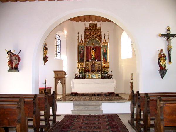 Blick in den Altarraum der Gallnerkirche bei Konzell im Bayerischen Wald
