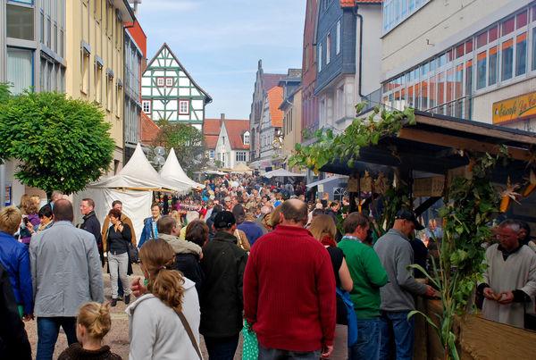Blick in die Fußgängerzone beim Mittelalterlichen Markt