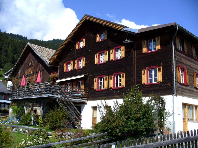 Das Lazy Mountain Gasthaus von aussen