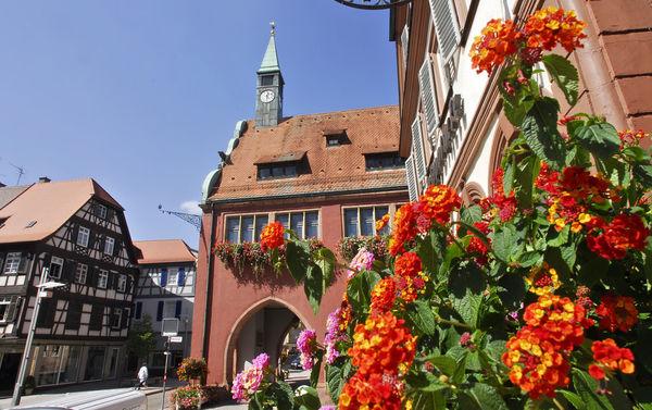 Altes Rathaus mit KulTourBüro und städtischer Galerie