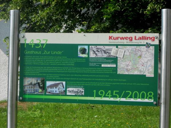 Infotafel bei der Euschertsfurther Linde im Lallinger Winkel