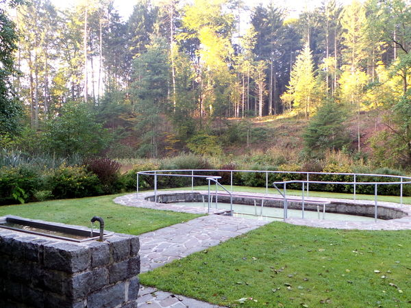 Blick auf die Kneipp-Anlage in Lalling im Bayerischen Wald