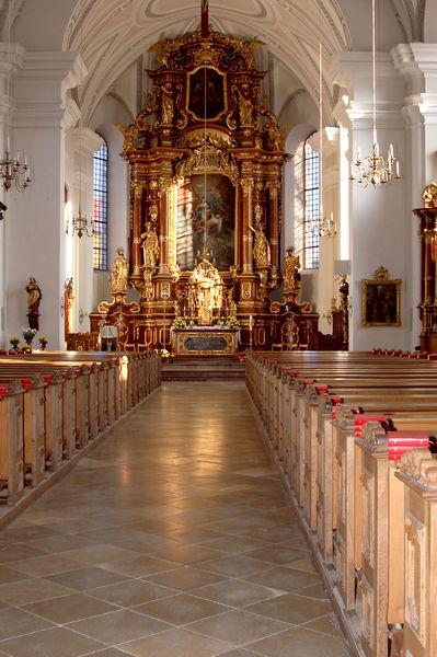 Der Altar der Stadtpfarrkirche St. Maria in Landau a.d.Isar