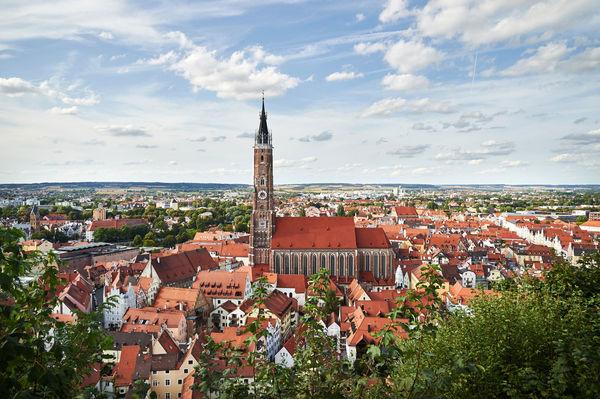 Blick auf die Basilika St. Martin in Landshut