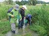 Kinder auf dem Naturlehrpfad in Pfeffenhausen