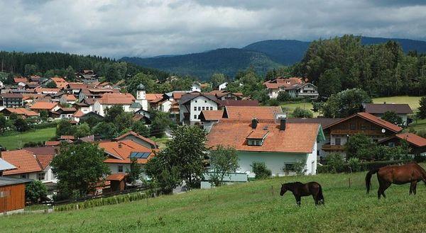Der staatlich anerkannte Erholungsort Langdorf im Bayerischen Wald