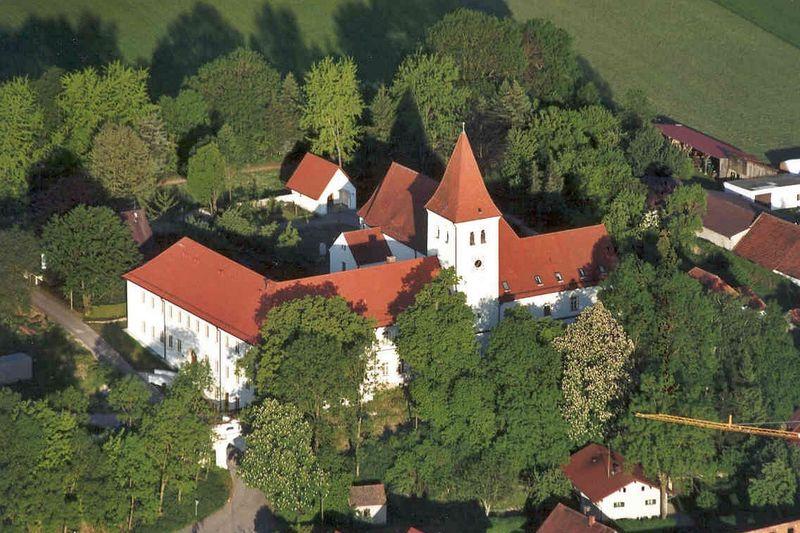 Kloster Paring im Langquaider Ortsteil Paring