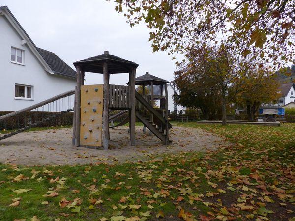 Spielplatz In den Locherlen im Herbst
