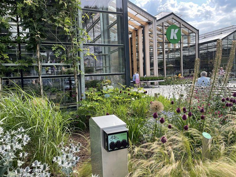 E-Bike Ladestation am Naturgartencenter Kremer