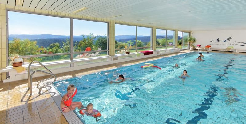 indoor swimming pool in the sonnhalde hotel in saig urlaubsland baden w rttemberg. Black Bedroom Furniture Sets. Home Design Ideas