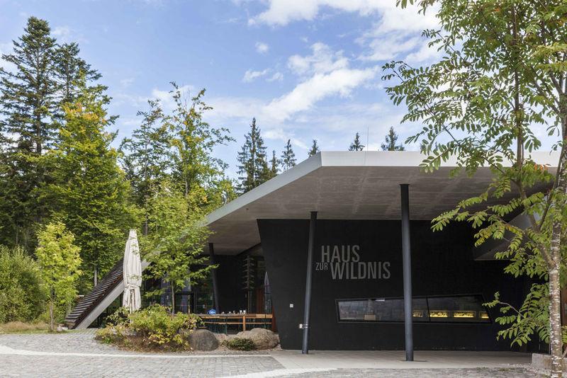 Das Informationszentrum Haus zur Wildnis im Nationalparkzentrum Falkenstein bei Ludwigsthal