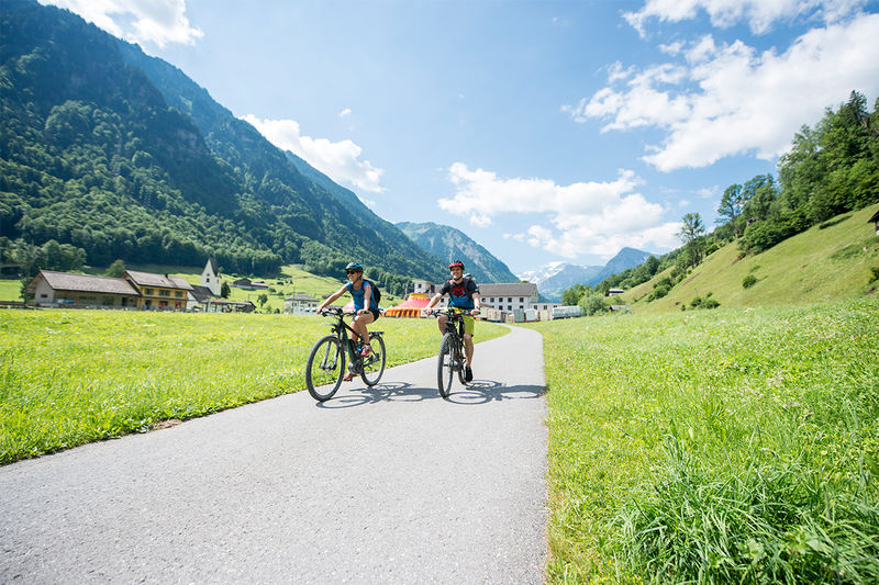 Dörferwanderung Linthal - Schwanden