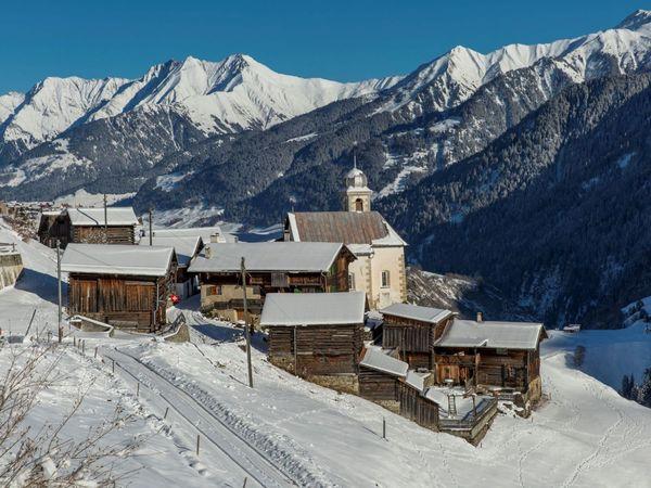 Weiler Sogn Andriu mit der gleichnamigen Kapelle