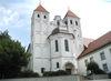 Aussenansicht der Pfarrkirche in Mallersdorf-Pfaffenberg