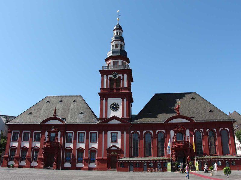 Mannheim, Altes Rathaus und Pfarrkirche St. Sebastian