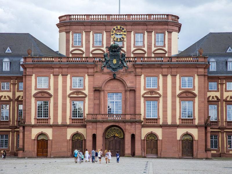 K Che Mannheim le château baroque de mannheim urlaubsland baden württemberg