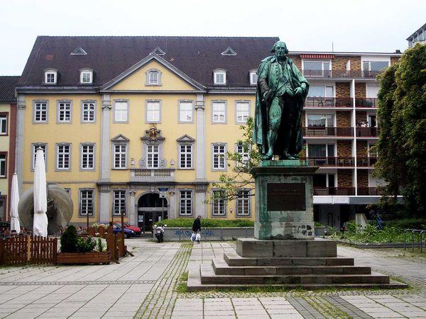 Mannheim, Dalberg memorial with Dalberghaus residence