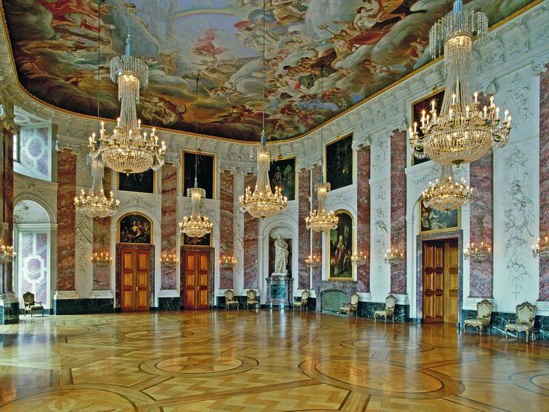 Mannheim, Schloss Museum mit Rittersaal