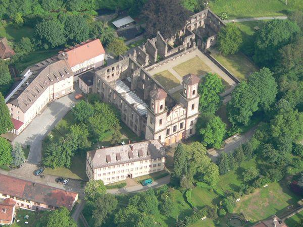 Die imposante Klosterruine Frauenalb