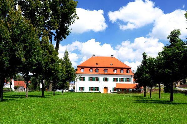 Hofgarten - Hofmarkschloss Mauern