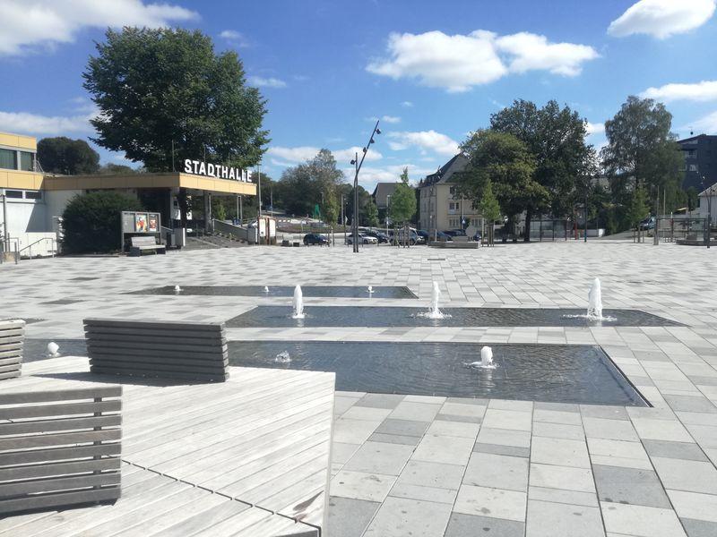 Der Otto-Fuchs-Platz in Meinerzhagen