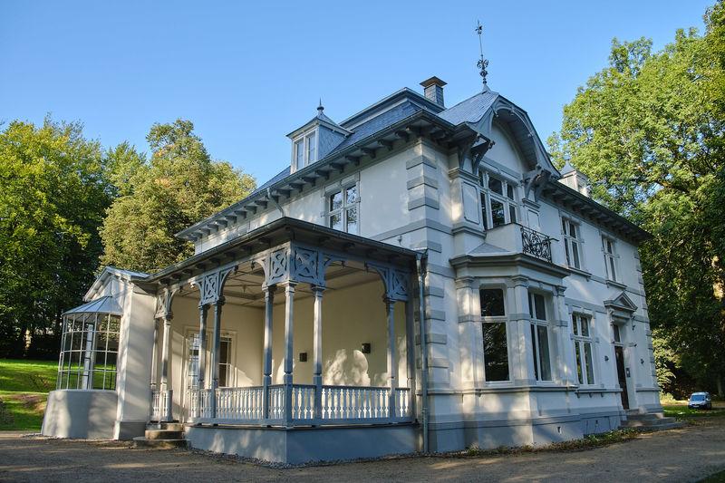 Ein Schmuckstück: Die Villa im Park