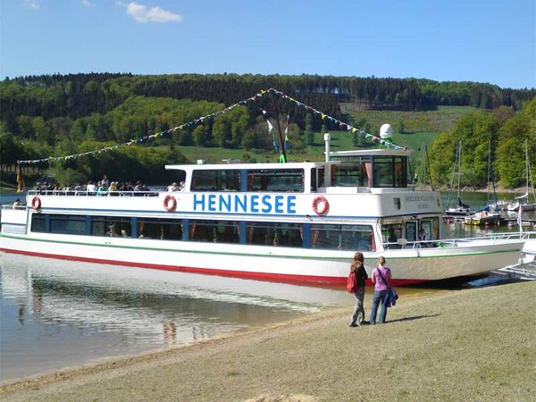 Personenscheepvaart Hennesee