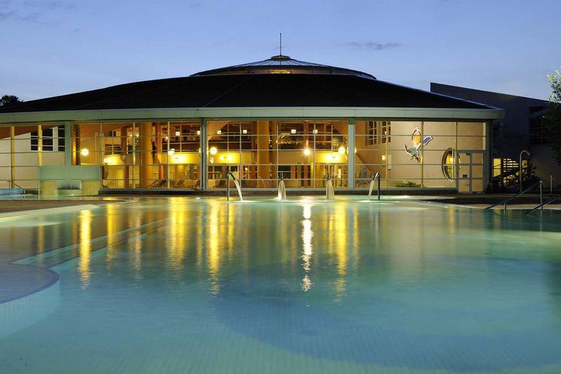 Schwimmbad Außenbecken