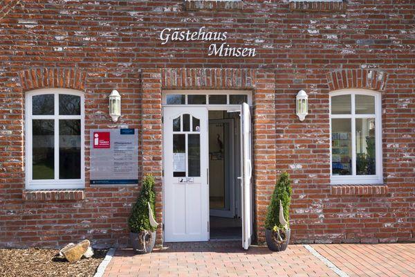Gästehaus mit Tourist-Information und Nationalpark-Haus