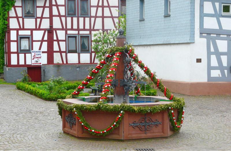 Brunnen vor dem Historischen Rathaus Mörlenbach