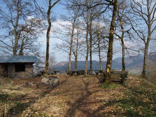 Grillstelle an der Burgruine Andeck