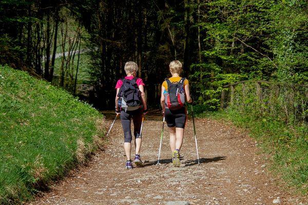 Nordic Walking auf dem AOK parcour in Moosburg