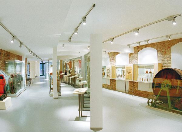 leder und gerbermuseum m lheim an der ruhr sauerland. Black Bedroom Furniture Sets. Home Design Ideas