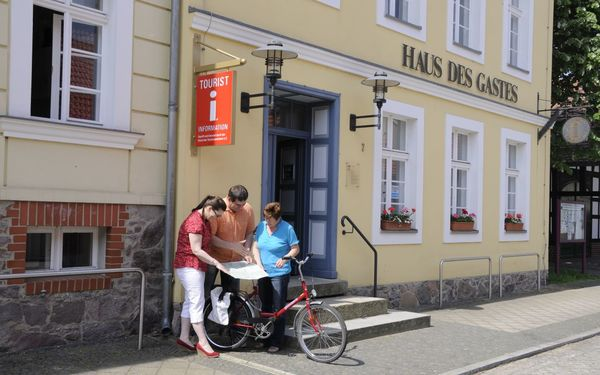 Haus des Gastes Schlaubetal-Information, Foto: Tourismus-Marketing Schlaubetal e.V.