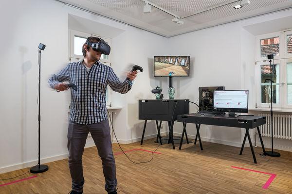 Virtual Reality Brille im BayernLab Nabburg