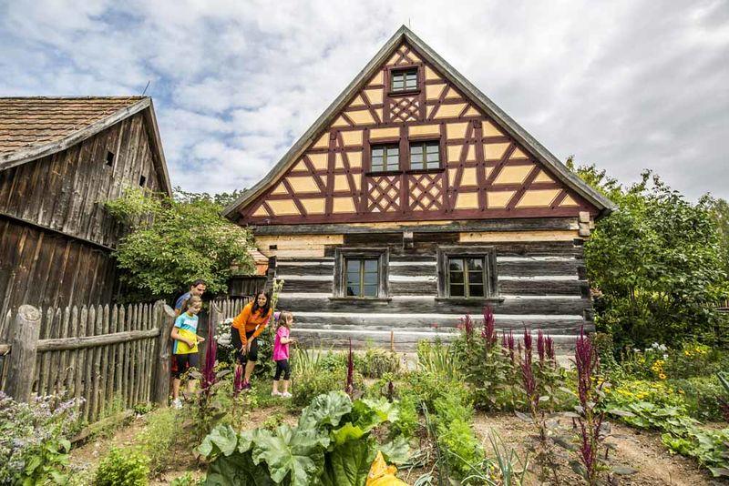Einen Besuch wert: Das Freilandmuseum Oberpfalz in Neusath-Perschen.