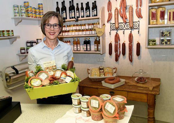 Brigitte Reinken-Stork in ihrem Hofladen