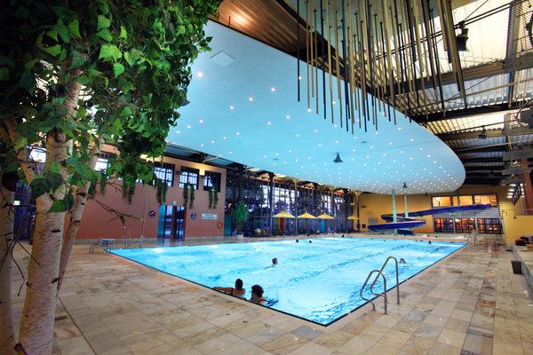 Innenbereich des Freizeit- und Erlebnisbades neufun in Neufahrn