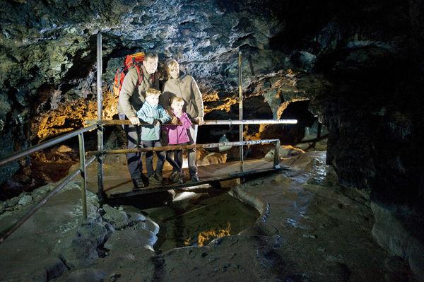 Osterhöhle Neukirchen im Bayerischen Jura
