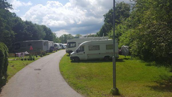Stellplätze Campinganlage Rotbrunn