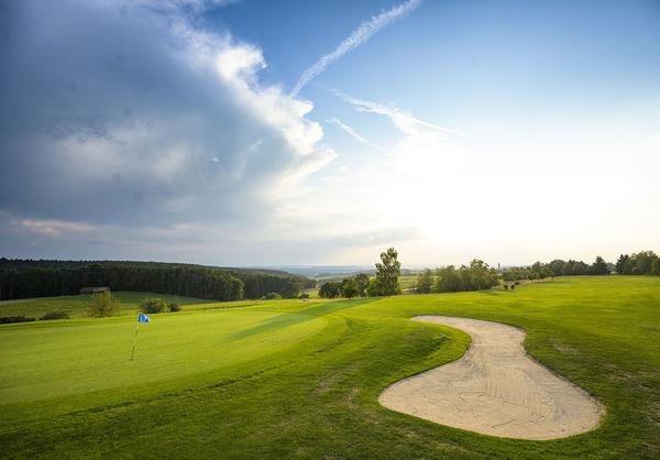 Tee 7 - Golf- und Landclub Oberpfälzer Wald e.V.