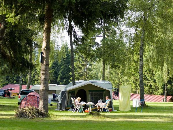 Gemütlich campen im KNAUS Campingpark in Lackenhäuser