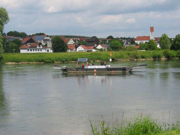 Fähre Eining-Hienheim im Hopfenland Hallertau