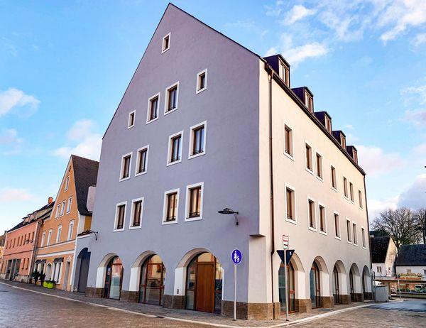 Das Kulturhaus Storchenwirt am Stadtplatz in Neustadt a.d.Donau beherbergt u.a. ein interaktives Museum.