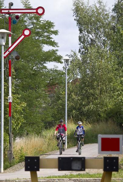 """Unterwegs auf der ehemaligen Bahnstrecke des Radwegs """"Der Bockl"""""""