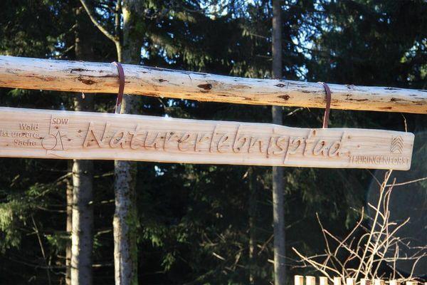 Schriftzug Naturerlebnispfad Oberhof
